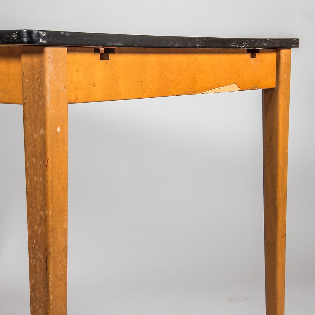 Bilder för 587317 KÖKSBORD, Lammhults möbler, röd Perstorpsskiva, 1900 talets mitt Auctionet