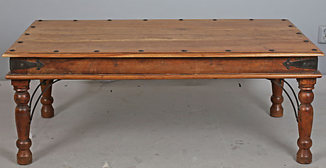 Soffbord Orientalisk Stil Indien 1900 2000 Tal Mobler Bord Auctionet