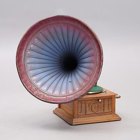 Technica & Nautica - Auctionet
