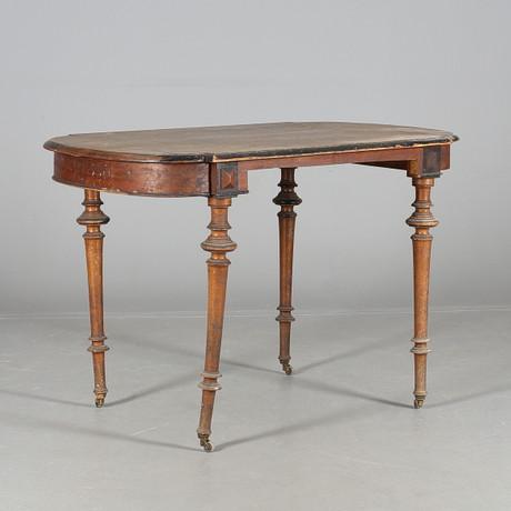 SIDOBORD, nyrenässans stil, 1900 tal. Möbler Bord Auctionet