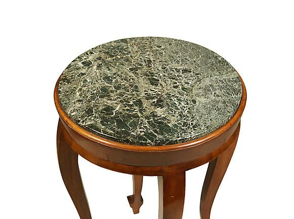 Beistelltisch mit marmorplatte wohl 2 h lfte 19 for Beistelltisch marmorplatte