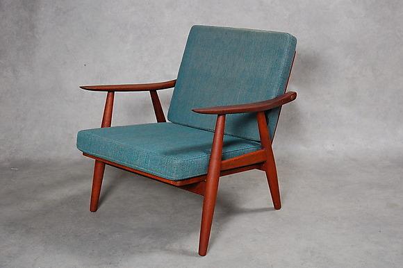 Fåtöljer Säljes : Wegner i fåtöljer amp stolar auctionet