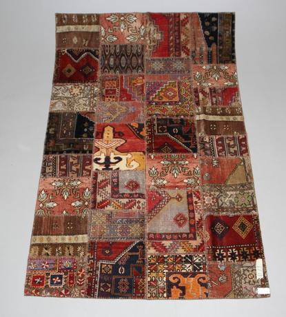 MATTA, orientalisk, pachwork, 285X184 cm.