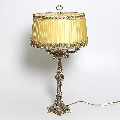 Bordslampor på Stadsauktion Sundsvall Auctionet