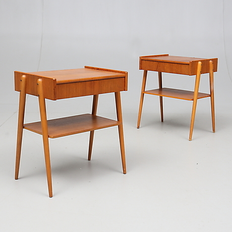 SÄNGBORD, a pair of teak, 1960s. Furniture Tables Auctionet