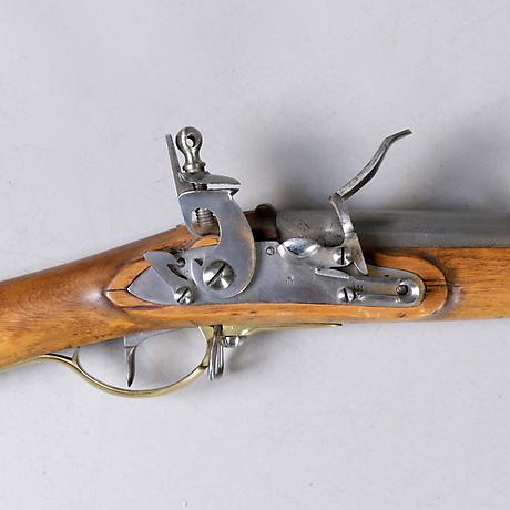 Guns & Rifles at Nyköpings Auktionsverk - Auctionet