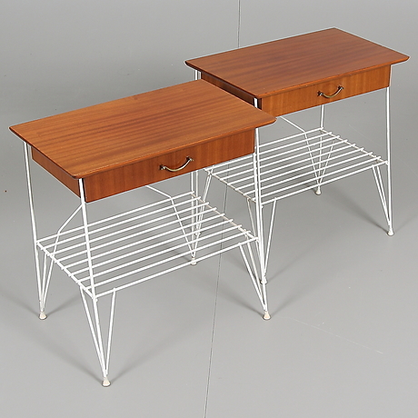 SÄNGBORD, teakstring, 195060 tal. Möbler Bord Auctionet