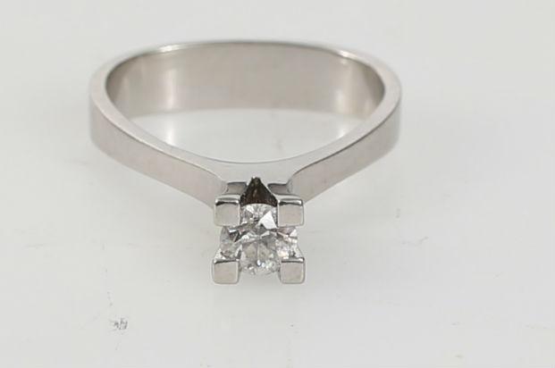 Unike GEORG JENSEN. Ring, 18 K vitguld, diamant uppskattad storlek 0,30 LN-56