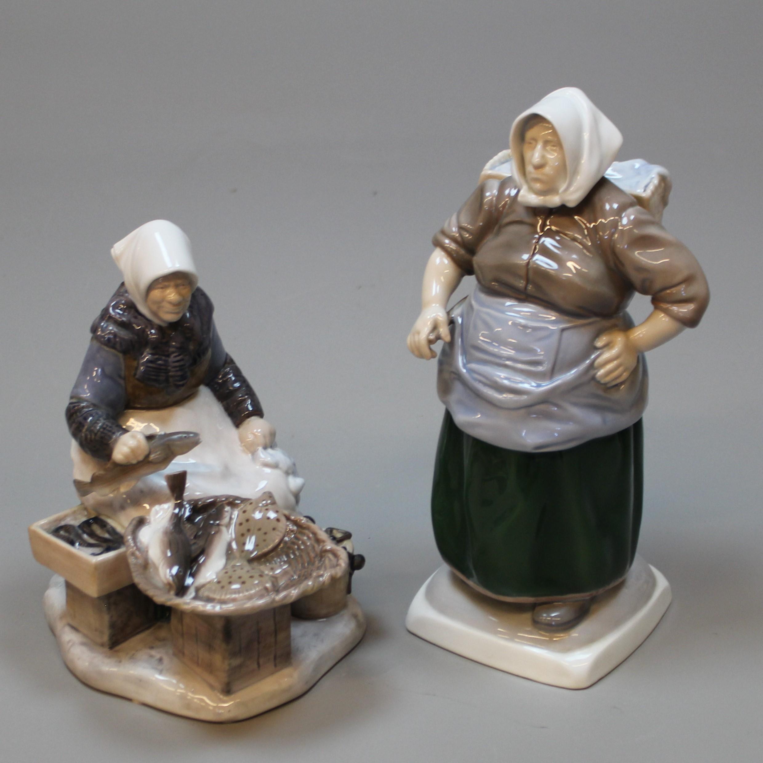 FIGURINES porcelain 2 B&G 1702 and 2233. Ceramics