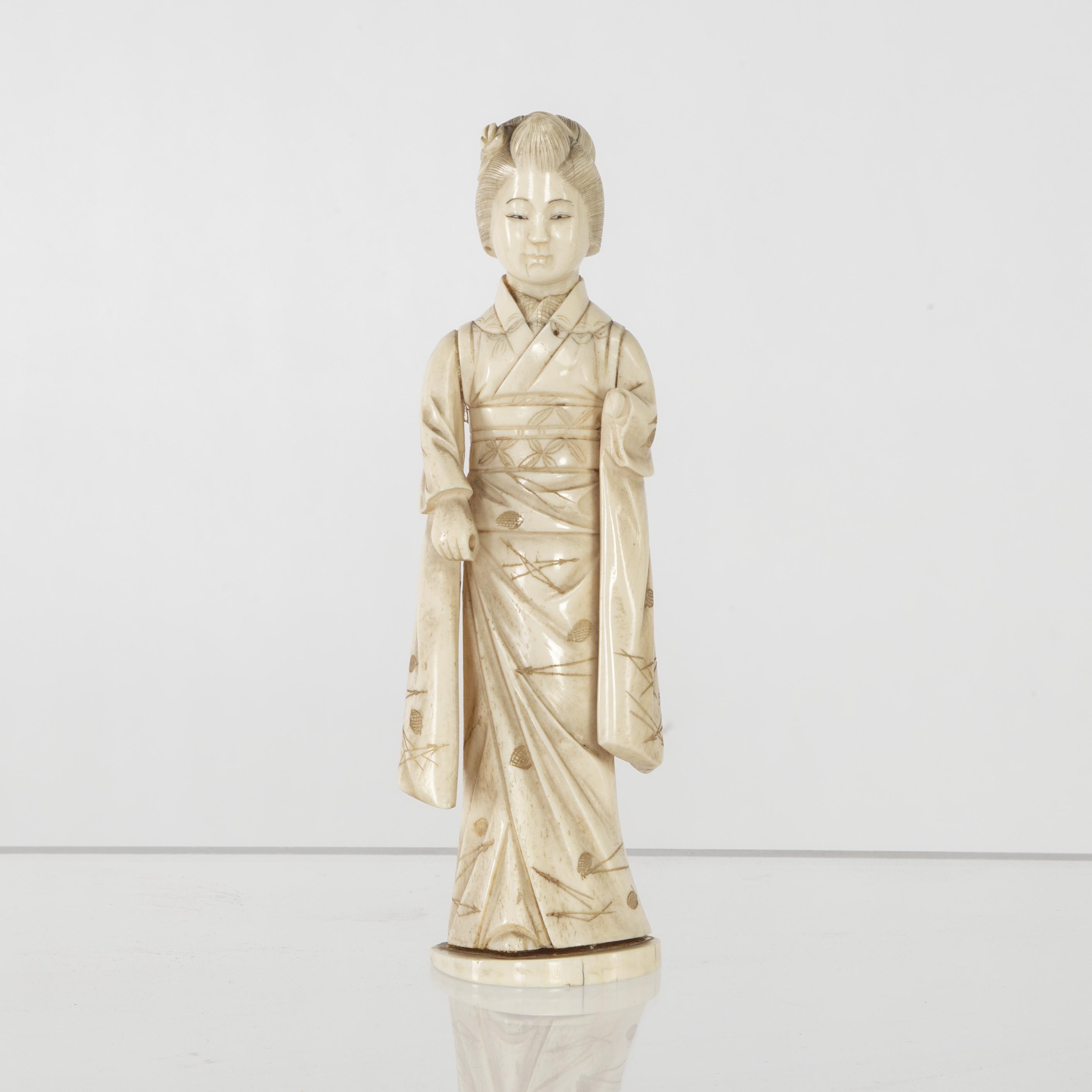 Japanese Meiji School Early 20th Century Geisha Asiatica Auctionet