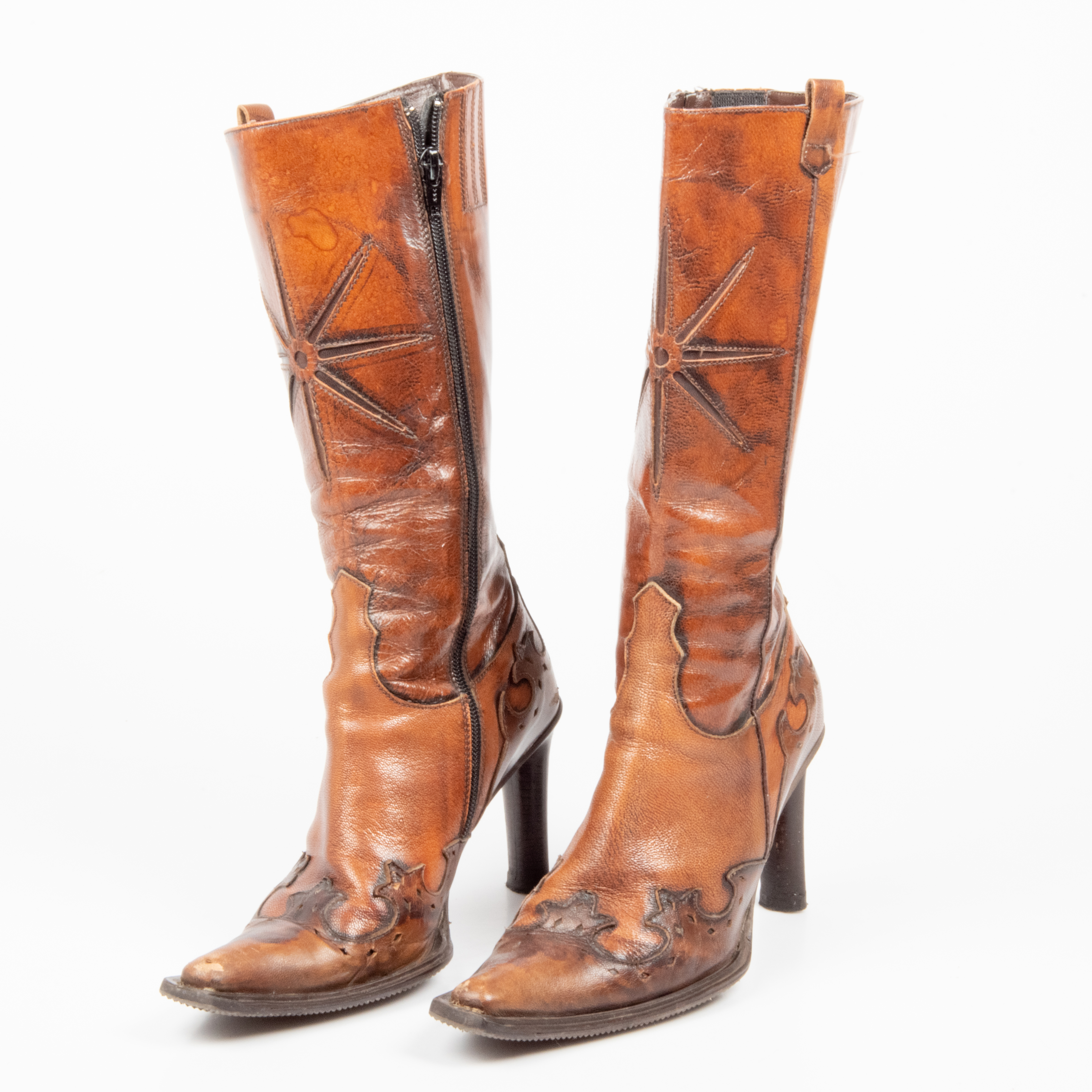 BOOTS, 1 pair, brown leather, Italy. Vintage clothing