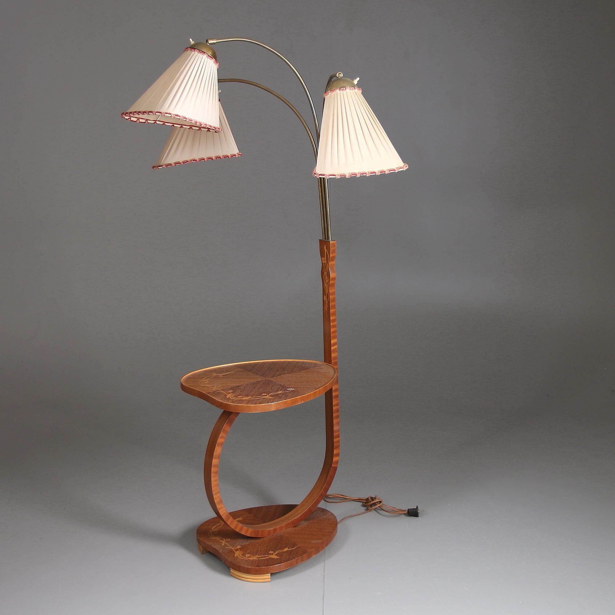 Bilder för 126014 GOLVLAMPA, Trearmad med bord, 1930 40