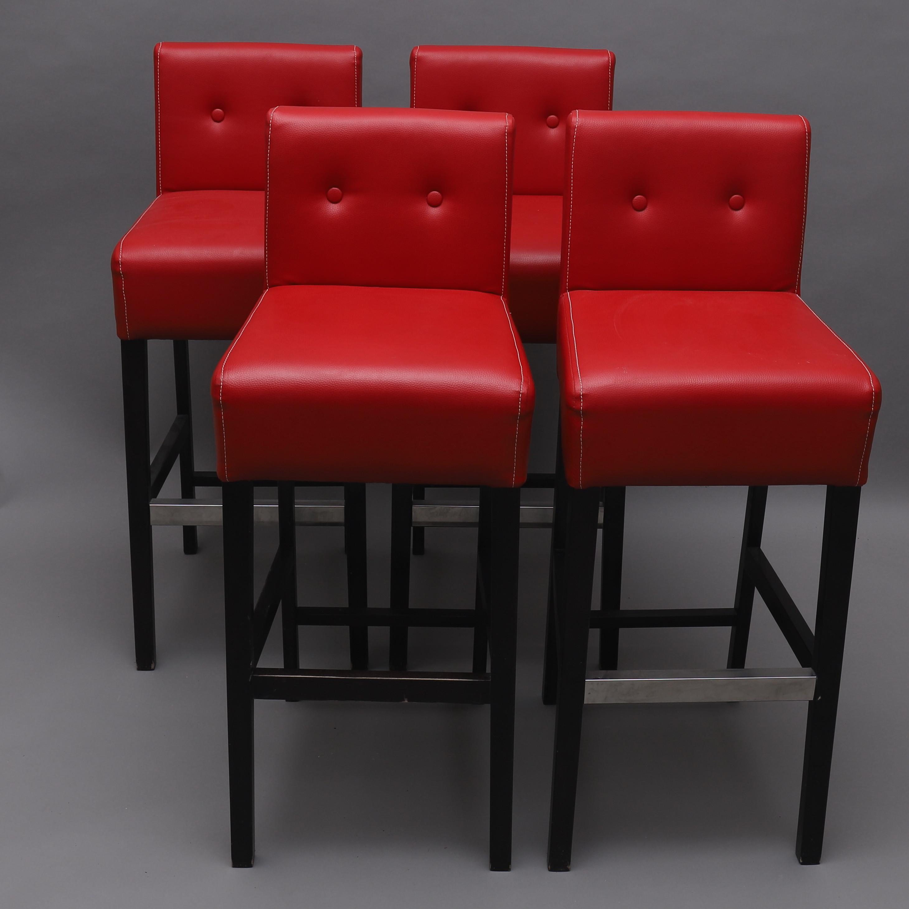 BARSTOLAR, 4 st, rött konstläder, Sitz, samtida. Möbler