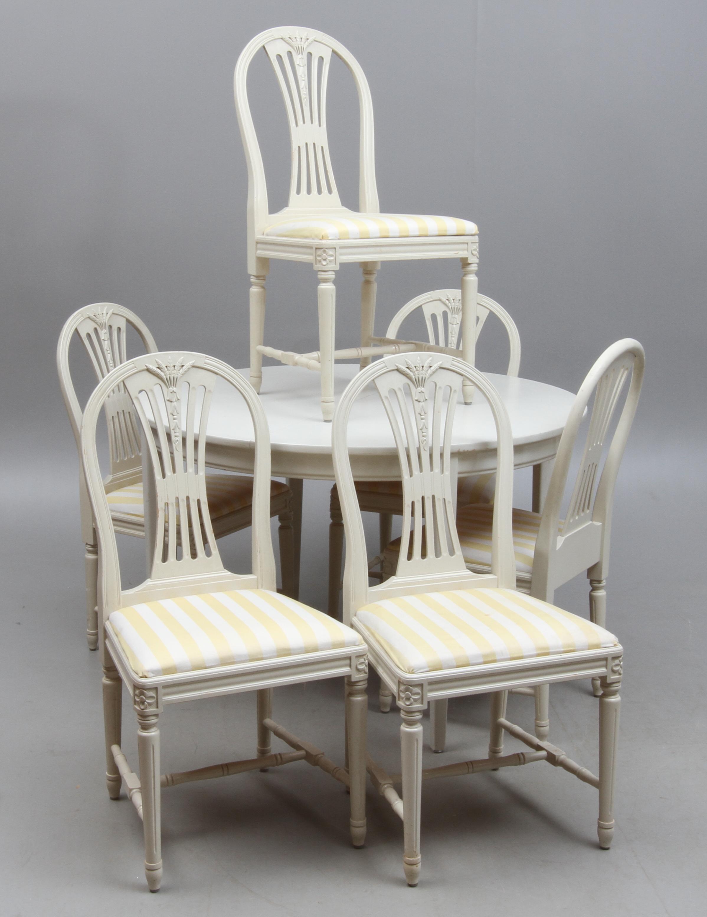 Matsalsgrupp, Gustaviansk stil, Bord + 8 stolar + 3 ilägg