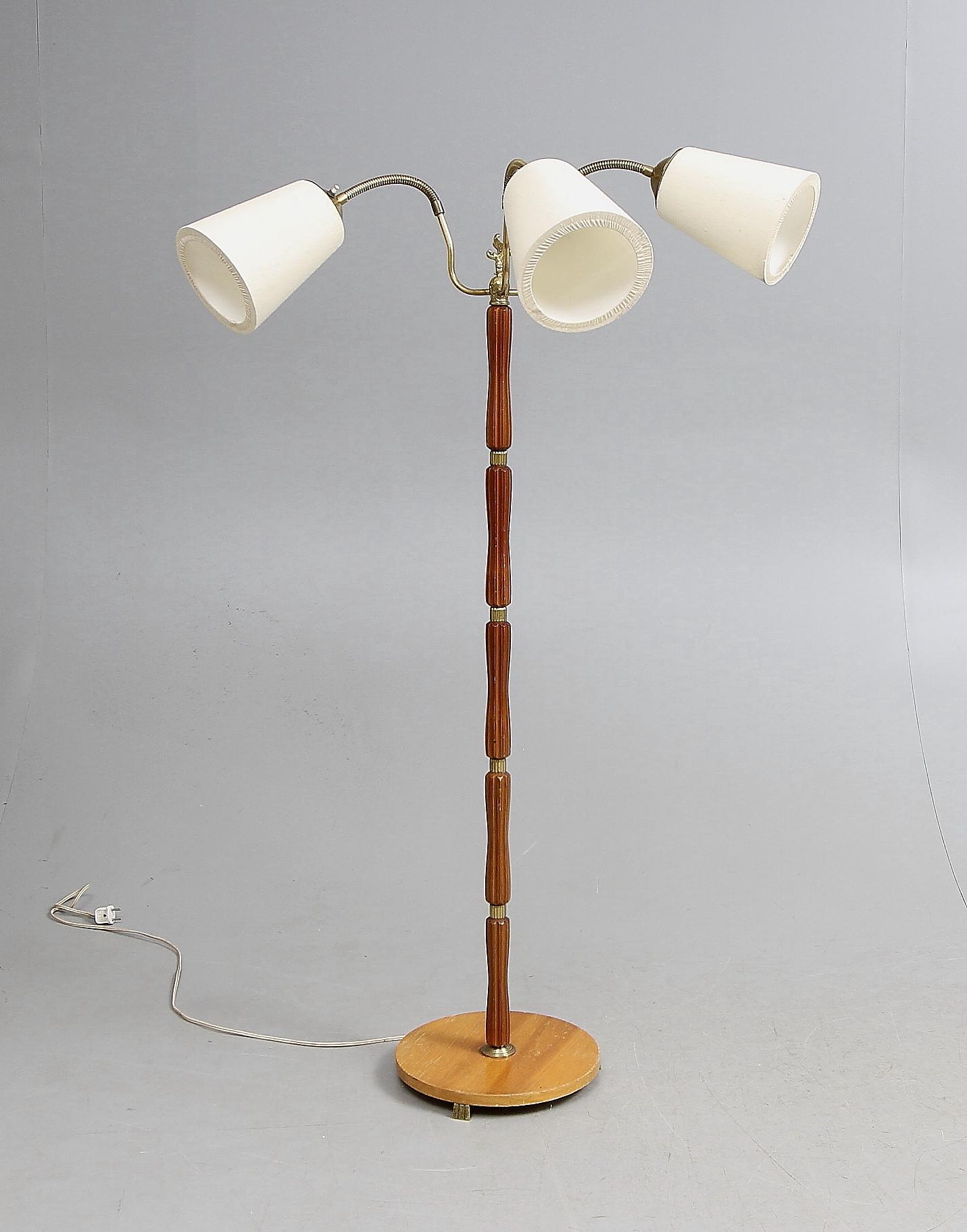 Trearmad Lampa Elegant Trearmad Lampa With Trearmad Lampa Top Luxus Uno Golvlampa Lampa Retro