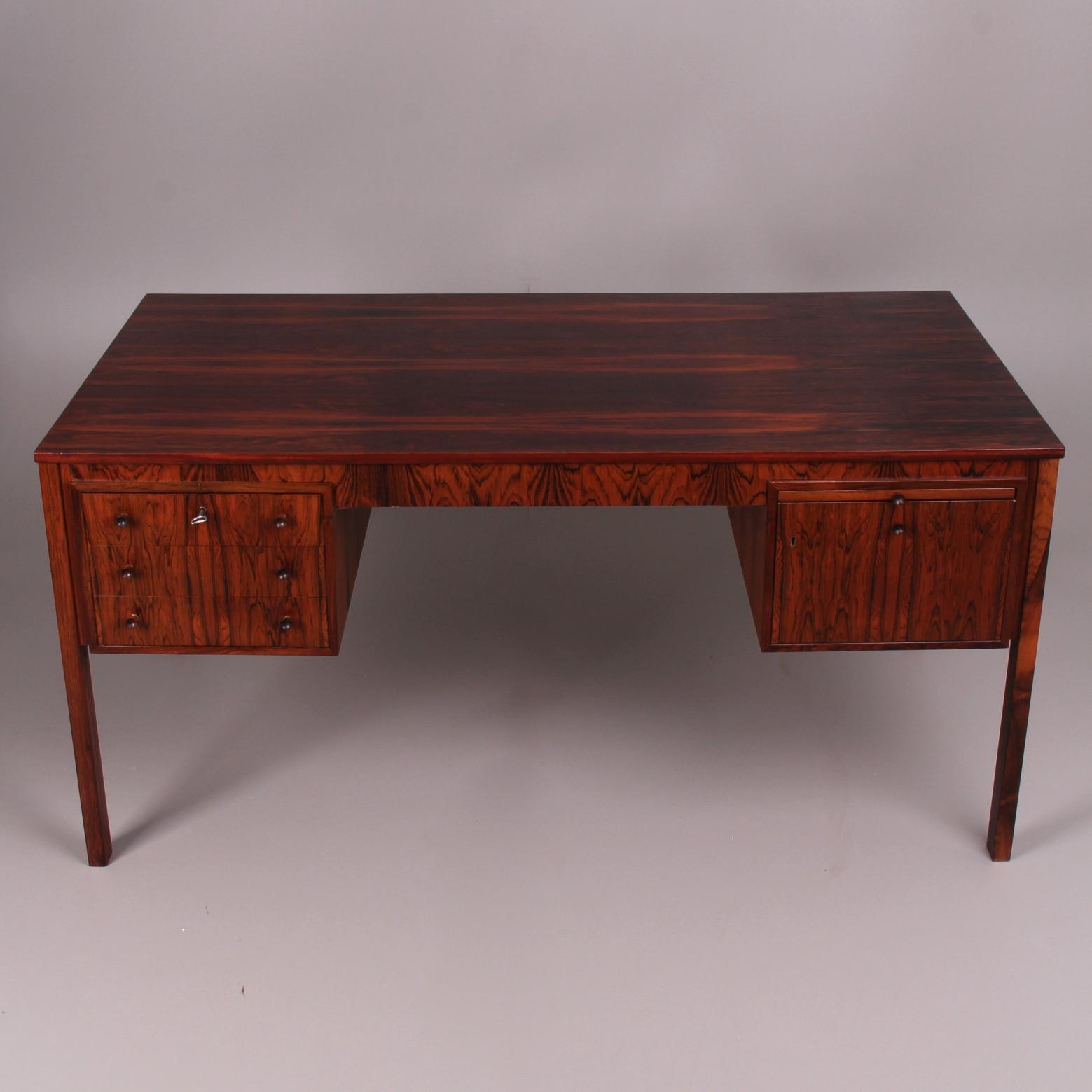 SÅLD Skrivbord arbetsbord avlastningsskiva SÅLD Möbler