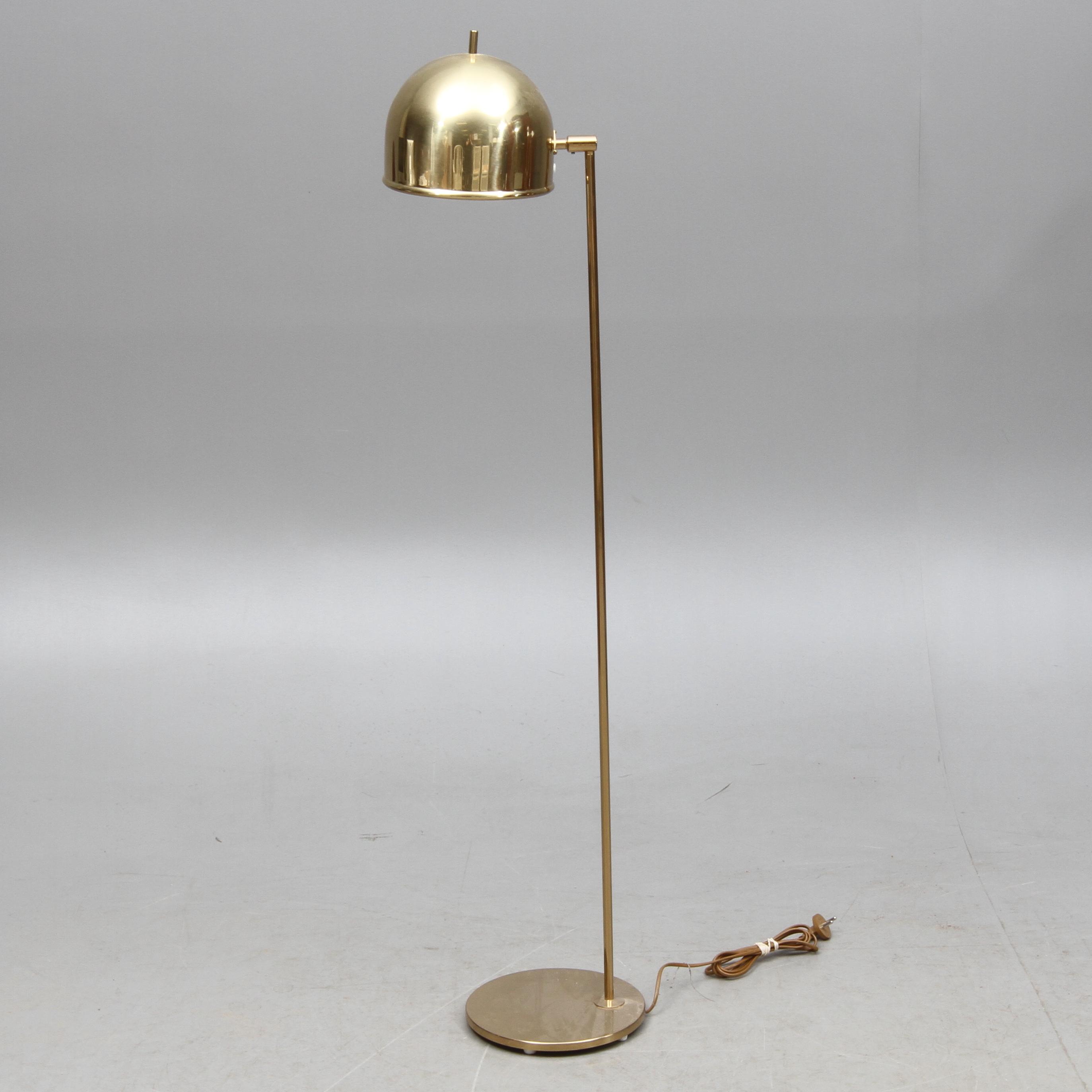 Retro Golvlampa Lampajtp Design Trearmad Golvlampa 2 Fina Rosa U0026 Vit Lampskrmar Till