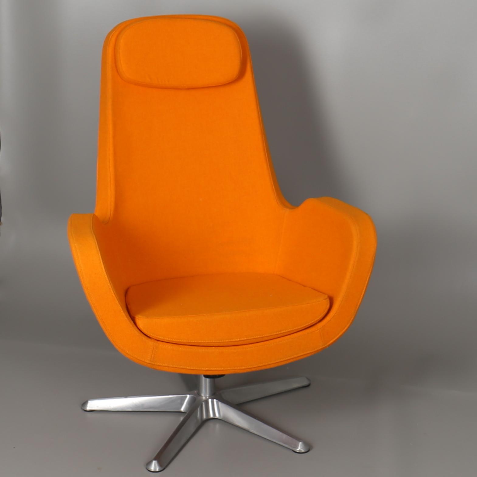 FÅtÖlj I Orange Tyg Snurrfåtölj Karlstad Ikea 2010 Tal Furniture Armchairs Chairs Auctionet