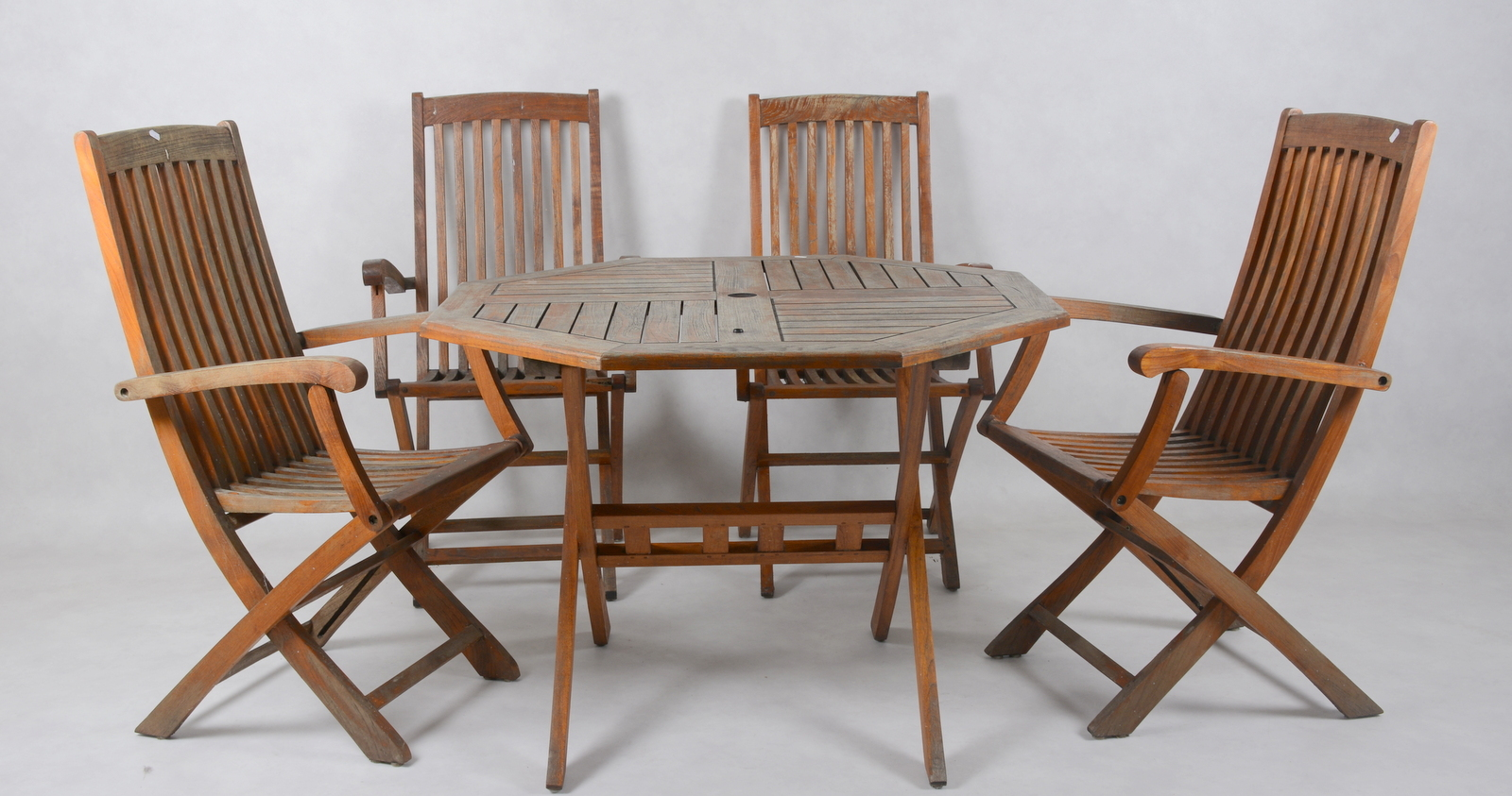 Beau TRÄDGÅRDSMÖBLER, Beaufort 10, 5 Delar. Furniture   Garden Furniture    Auctionet