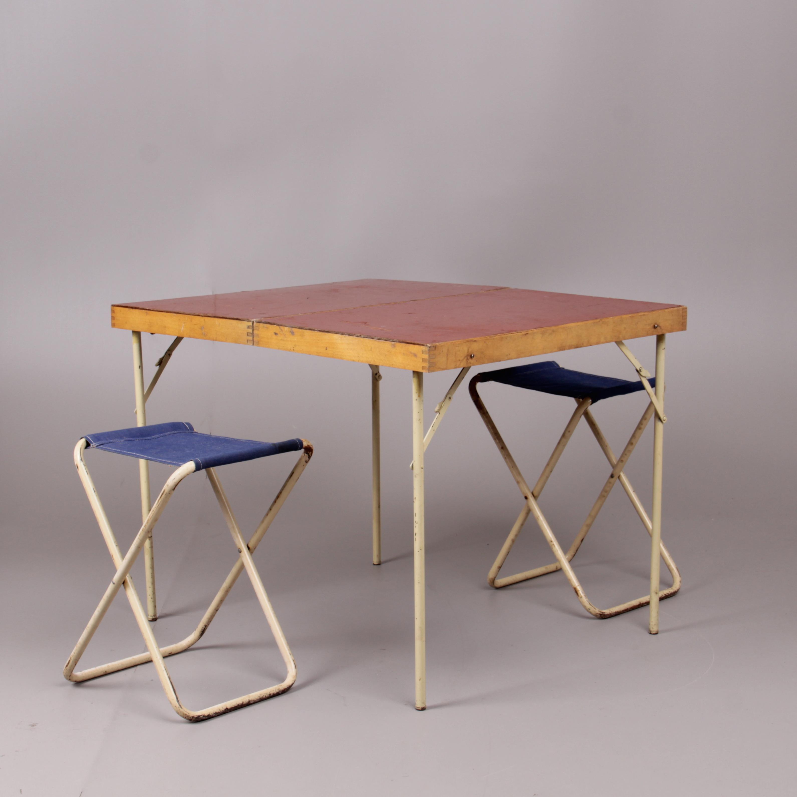 campingbord och stolar