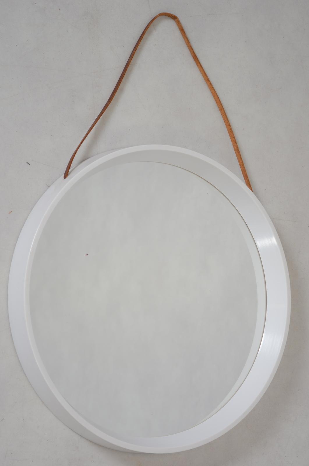 Strålande SPEGEL, vit plast, 1970-tal. Speglar - Auctionet OB-94