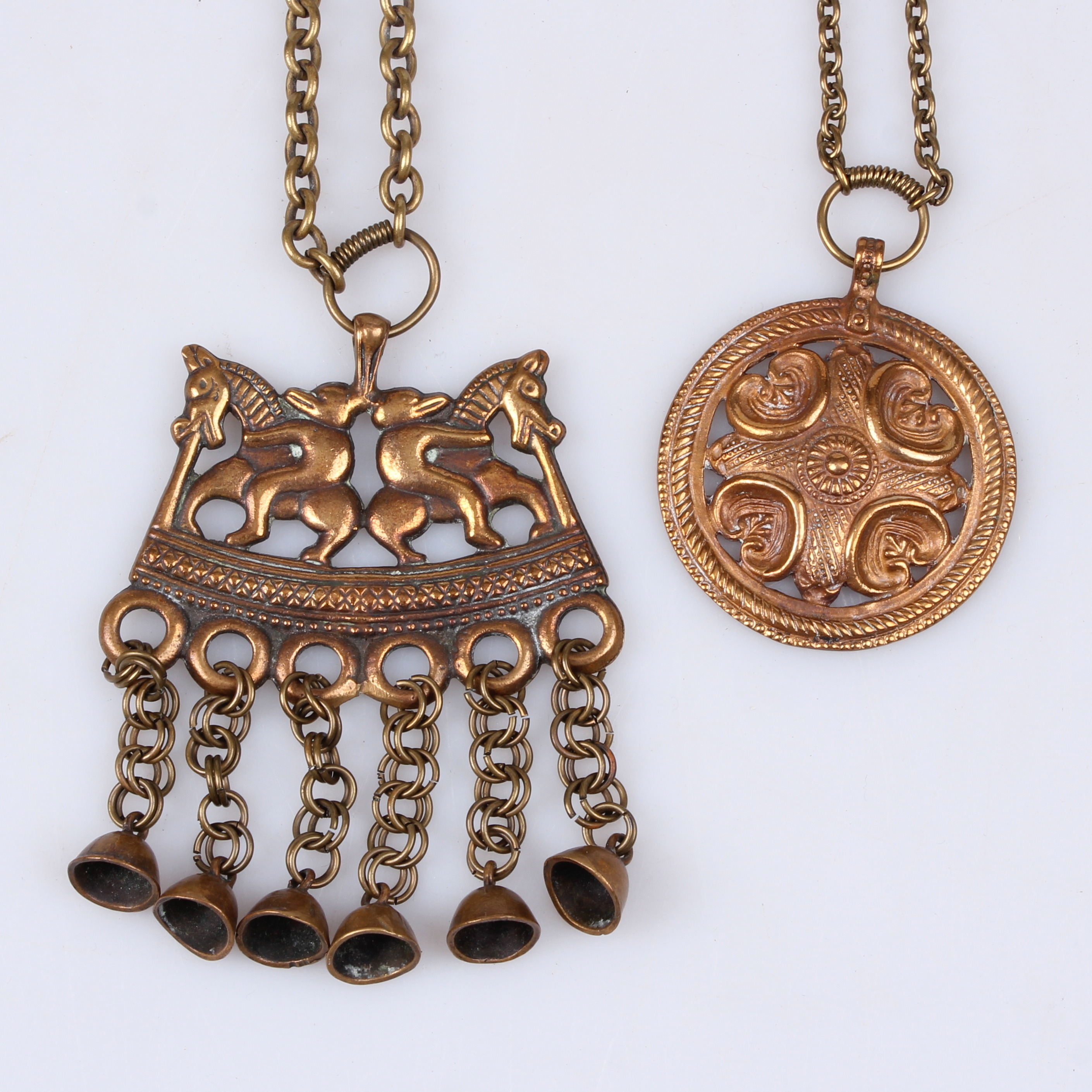 HÄNGSMYCKEN, 2 st  Brons, Kalevala Koru, Finland  Jewellery