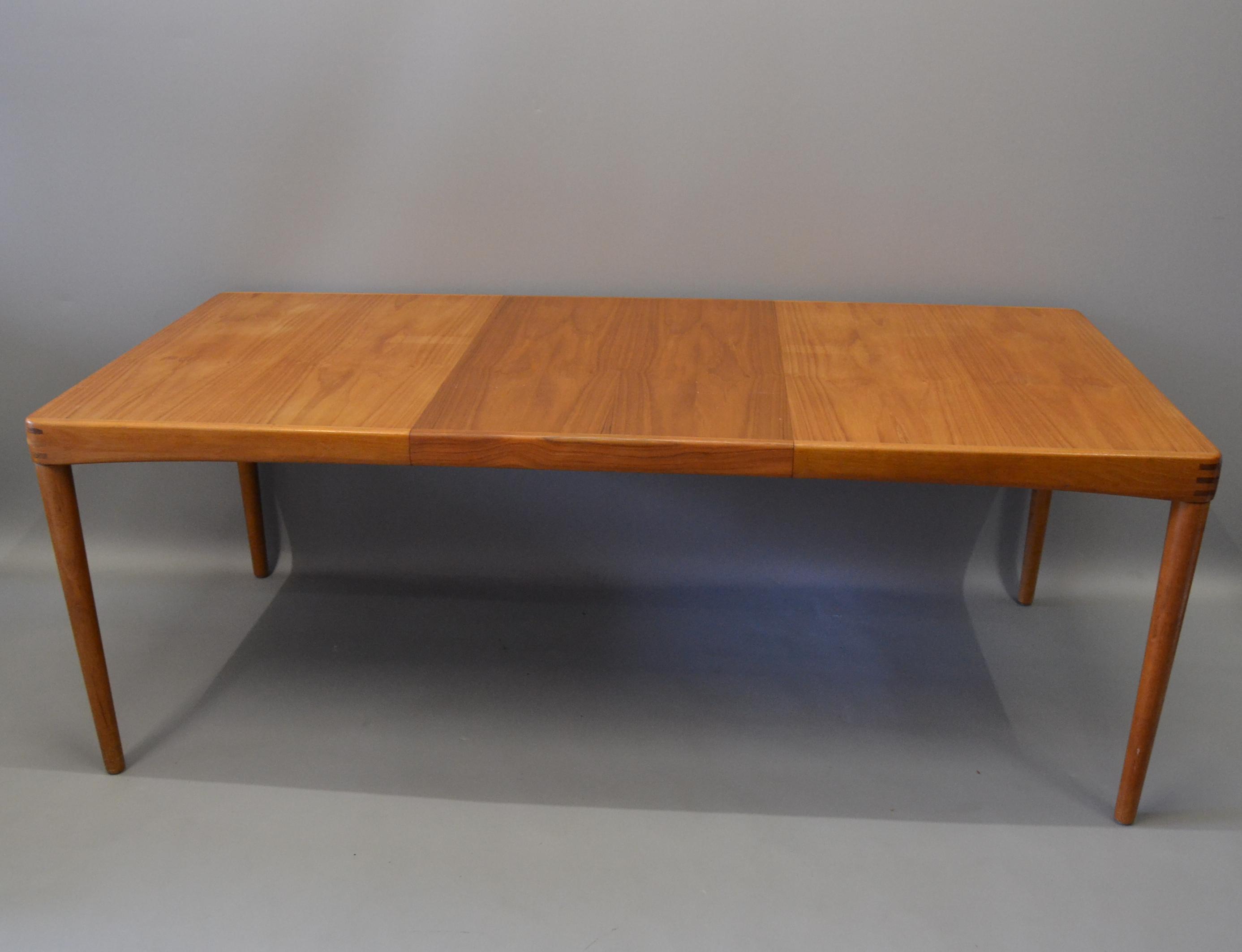 bilder f r 307597 h w klein gro er esstisch ausziehbar bramin auctionet. Black Bedroom Furniture Sets. Home Design Ideas