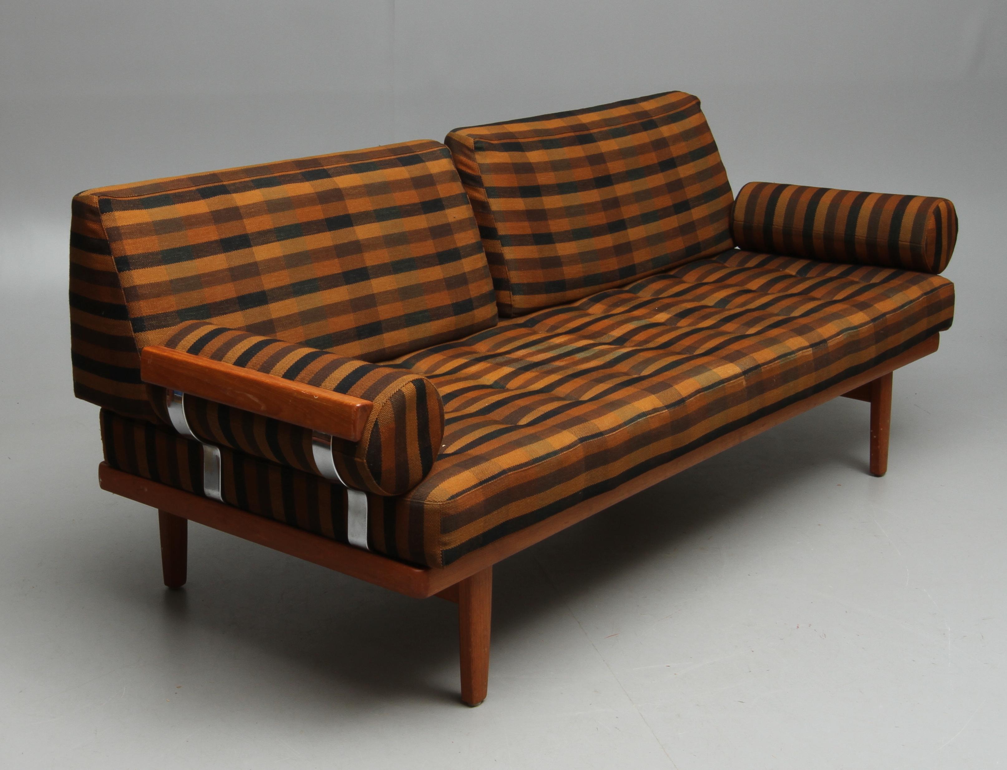 Bilder för 36952 SOFFA DAGBäDD Kock, teak, 1900 talets andra hälft Auctionet