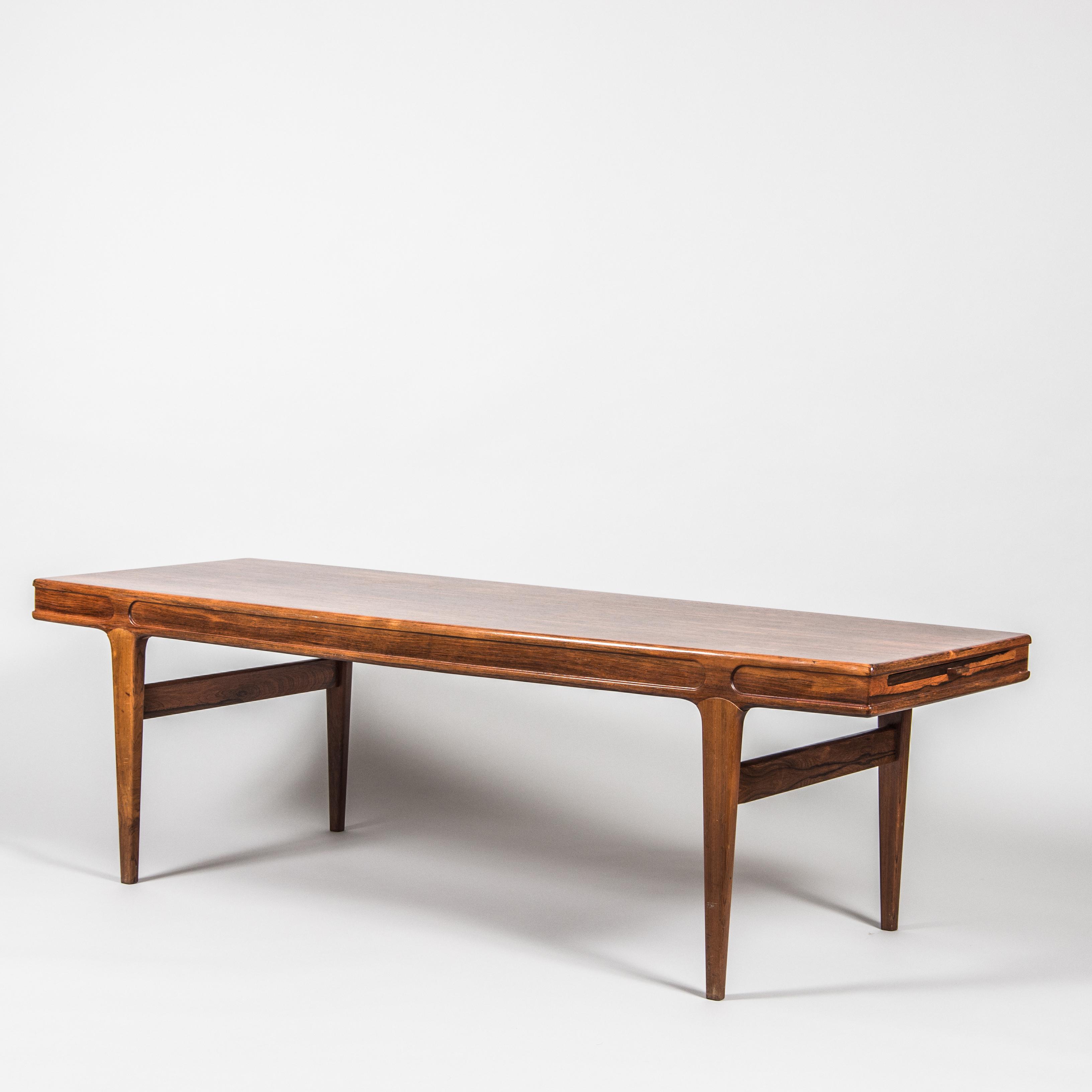 SOFFBORD med utdragsskiva, jakaranda, 1960 tal. Möbler