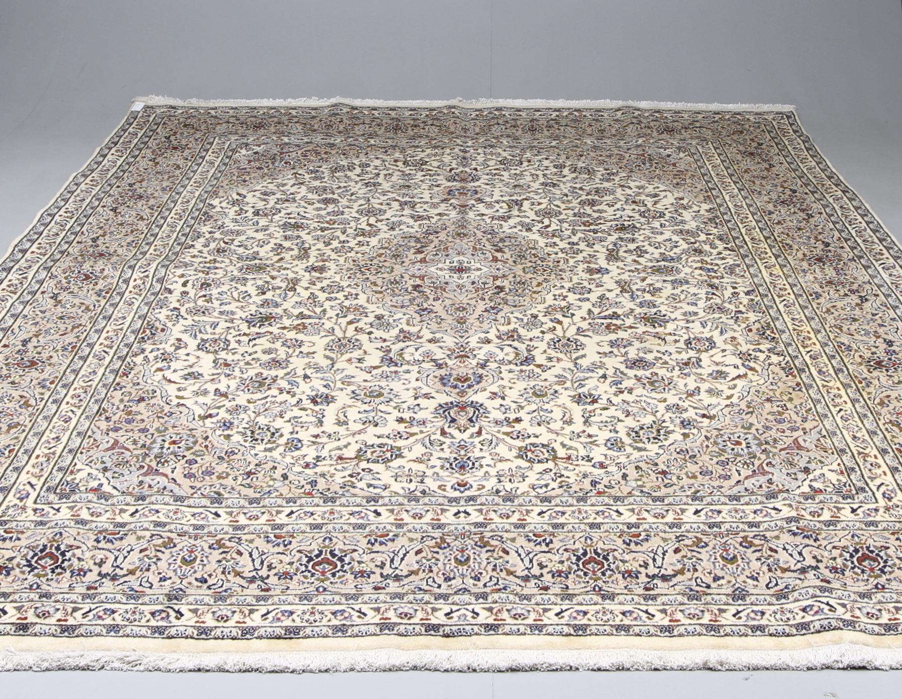 Kända MATTA, Orientalisk, ljus Keshan, 384 x 295 cm. Mattor & Textil ZH-68