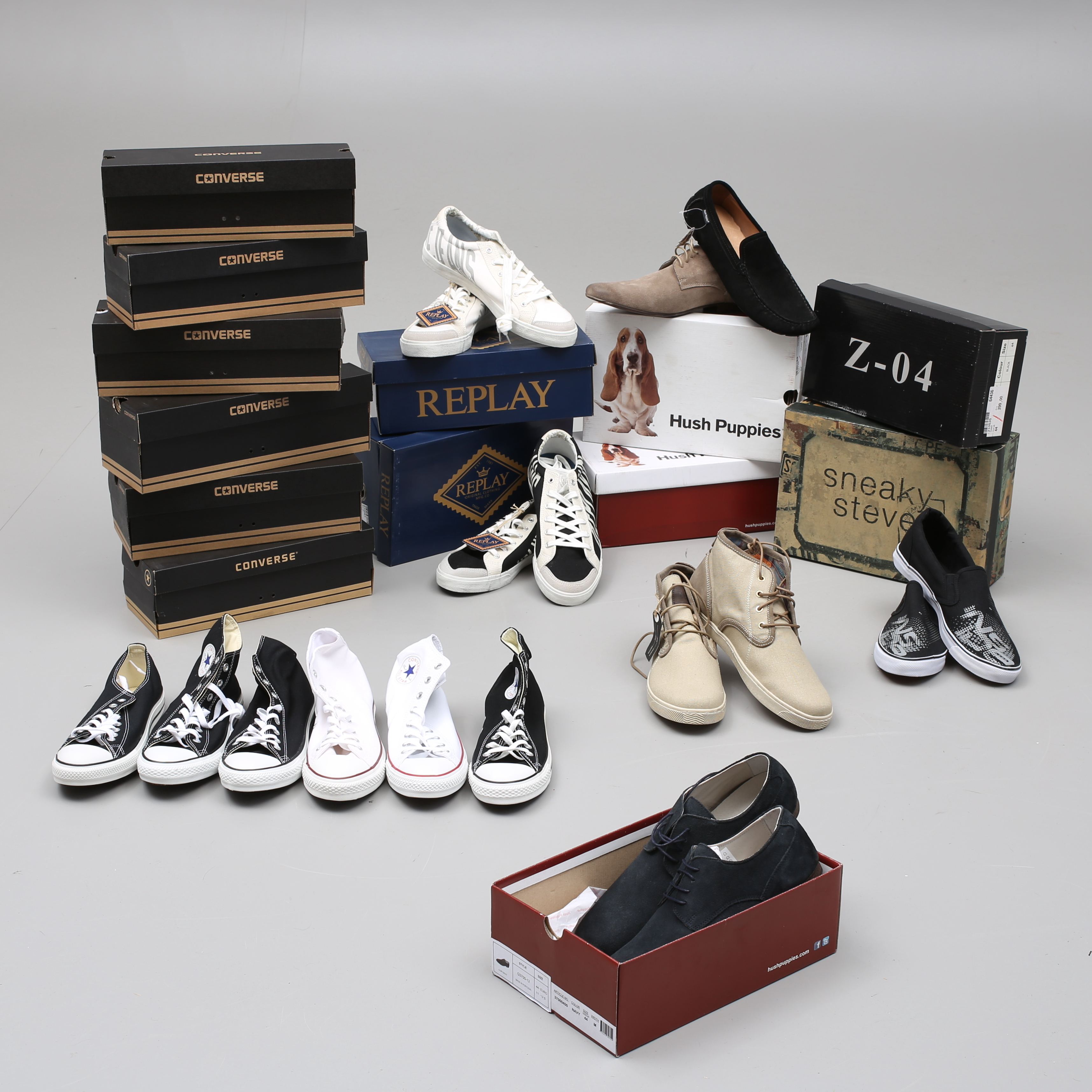 2e00c3e6517 HERRSKOR, 13 par, storlek 44, Replay, Hush Puppies, Converse m m. Vintage  clothing & Accessories - Auctionet