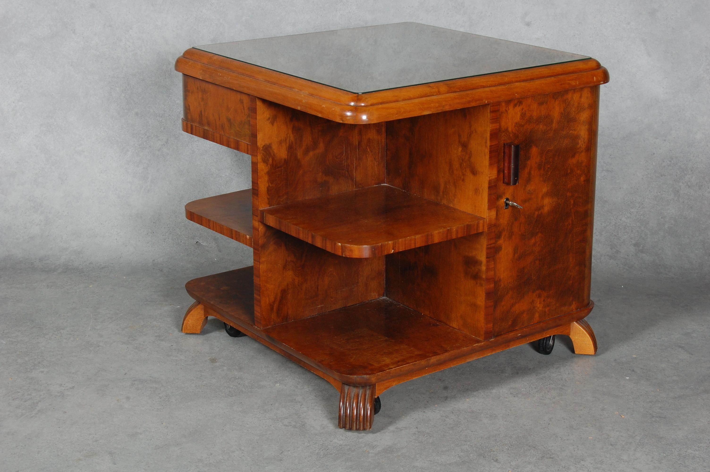 bilder f r 71130 soffbord art deco 1900 talets f rsta h lft auctionet. Black Bedroom Furniture Sets. Home Design Ideas