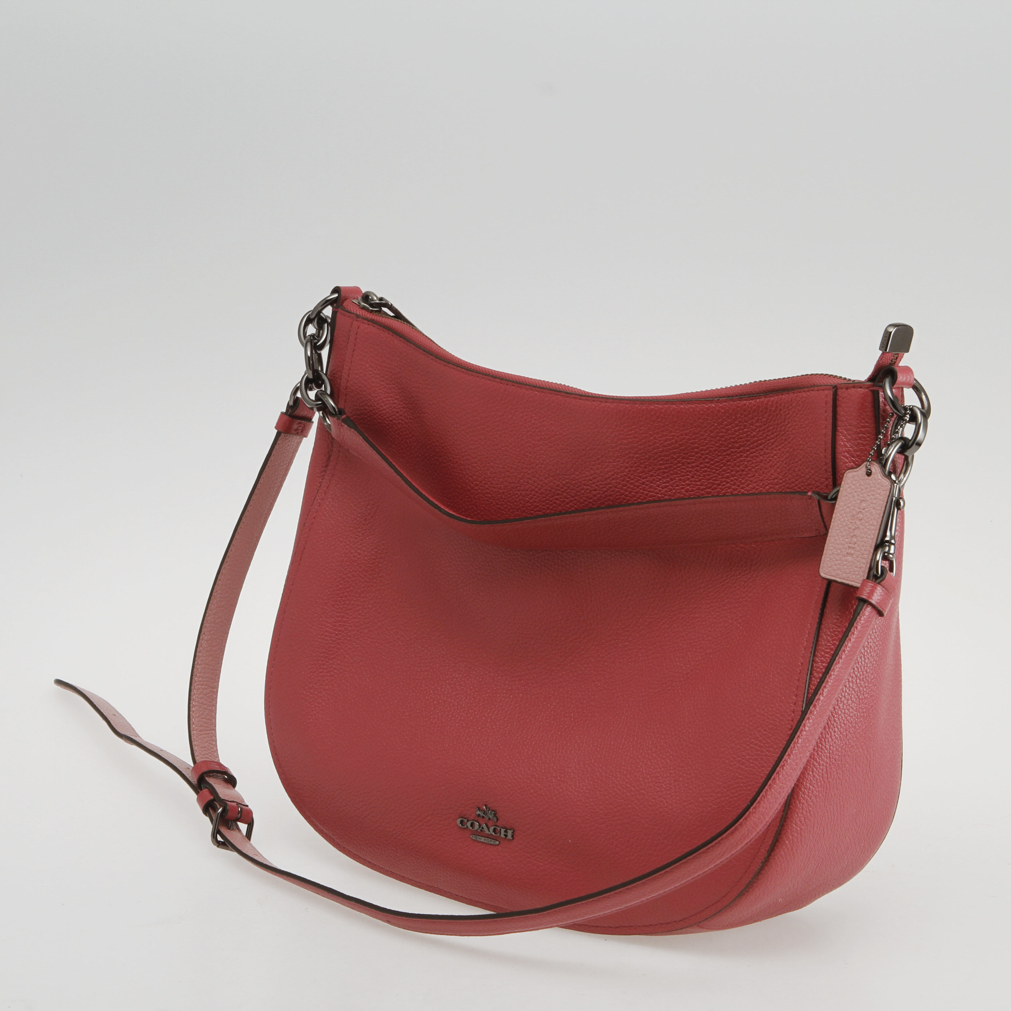 Väska med justerbara axelremmen