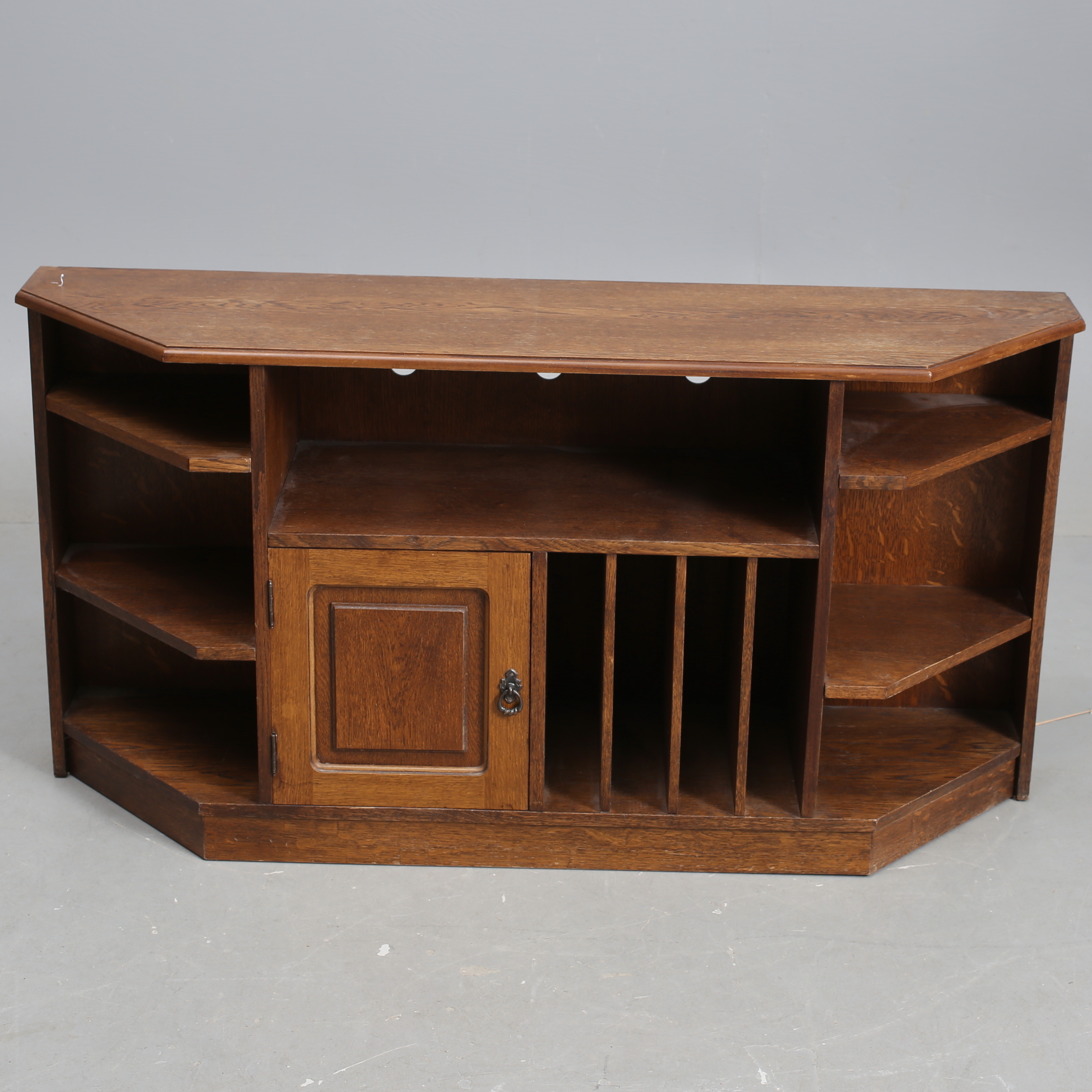 "bokhylla, ""carpati"". furniture - cupboards & shelves - auctionet"
