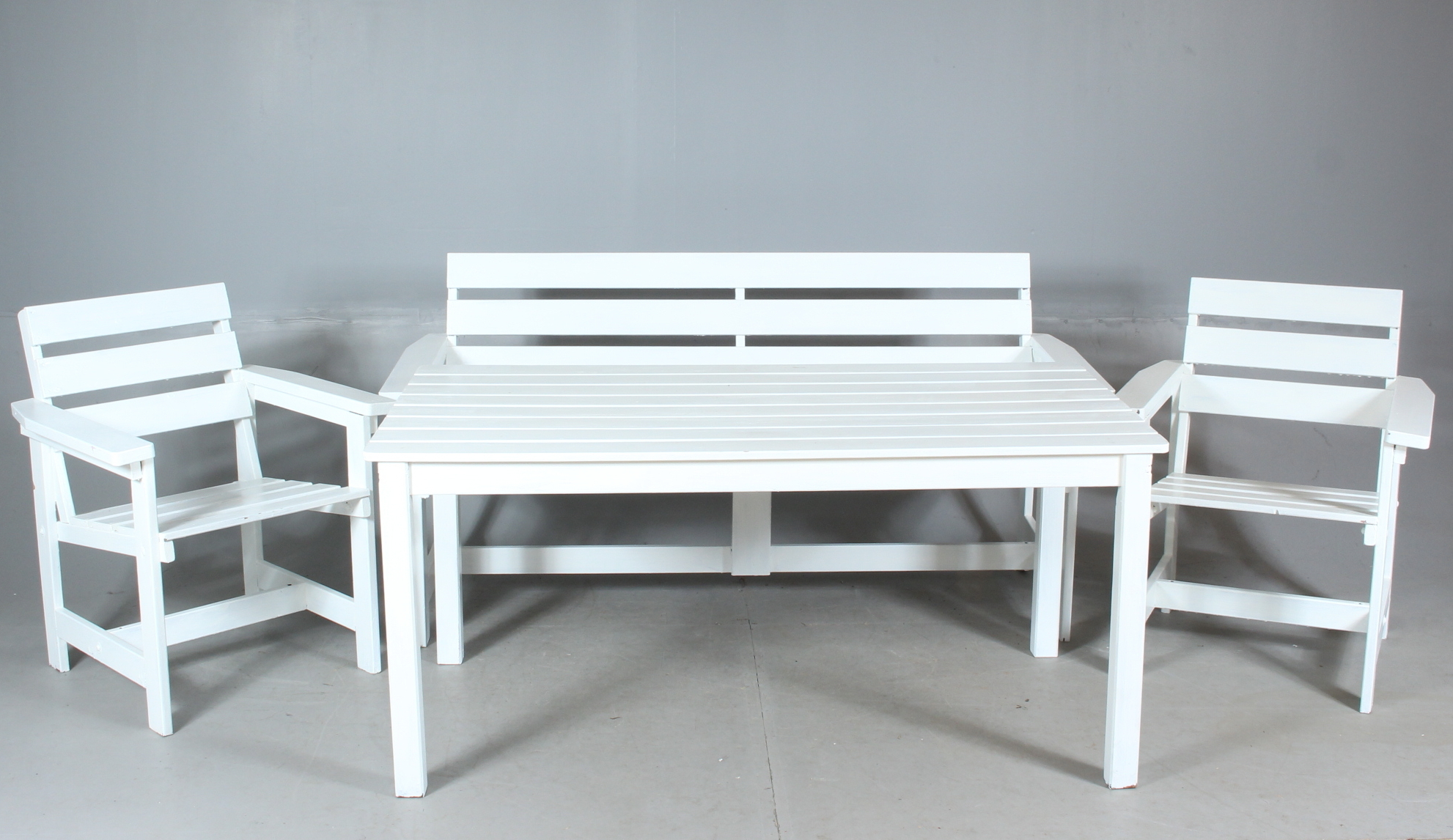 Tradgardsmobler 4 Delar Tra Furniture Garden Furniture Auctionet